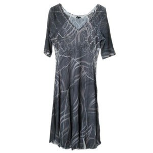 Komarov gray crinkle dress flowy modern